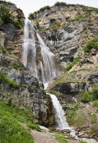provo-canyon-waterfall